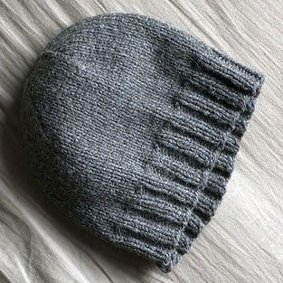 Basic Hat Pattern (adult) - Nerdy Girl Knits  2b9fb5f7002