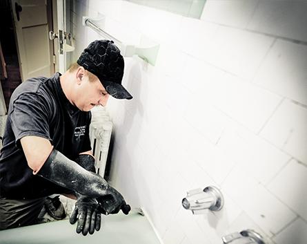 Blaise Boyko American Tub Reglazing Mirror Selfie Master Bath