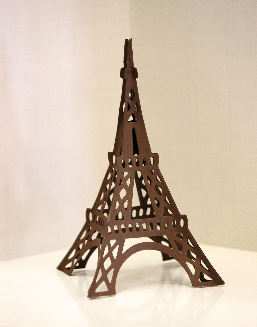Samantha Walker\'s Eiffel Tower using @Spellbinders die templates ...