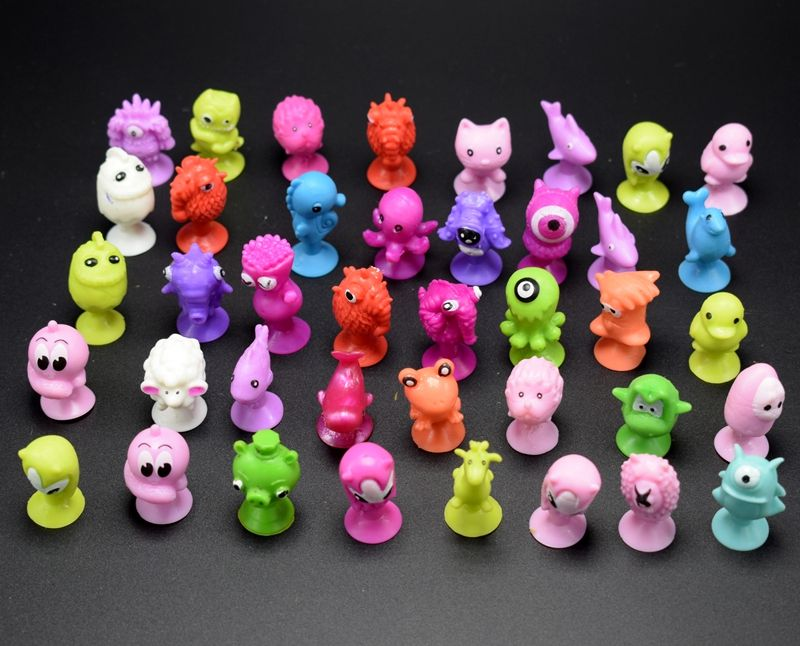10pcs/lot Mini Sucker Dolls Marine Land Strange Animal Cupule Suckers kids Action Toy Capsule Model Suction Cup Puppets