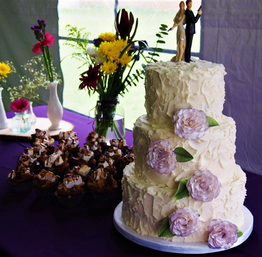 Pin by Stone Cottage Bakery on Wedding Cakes (With images