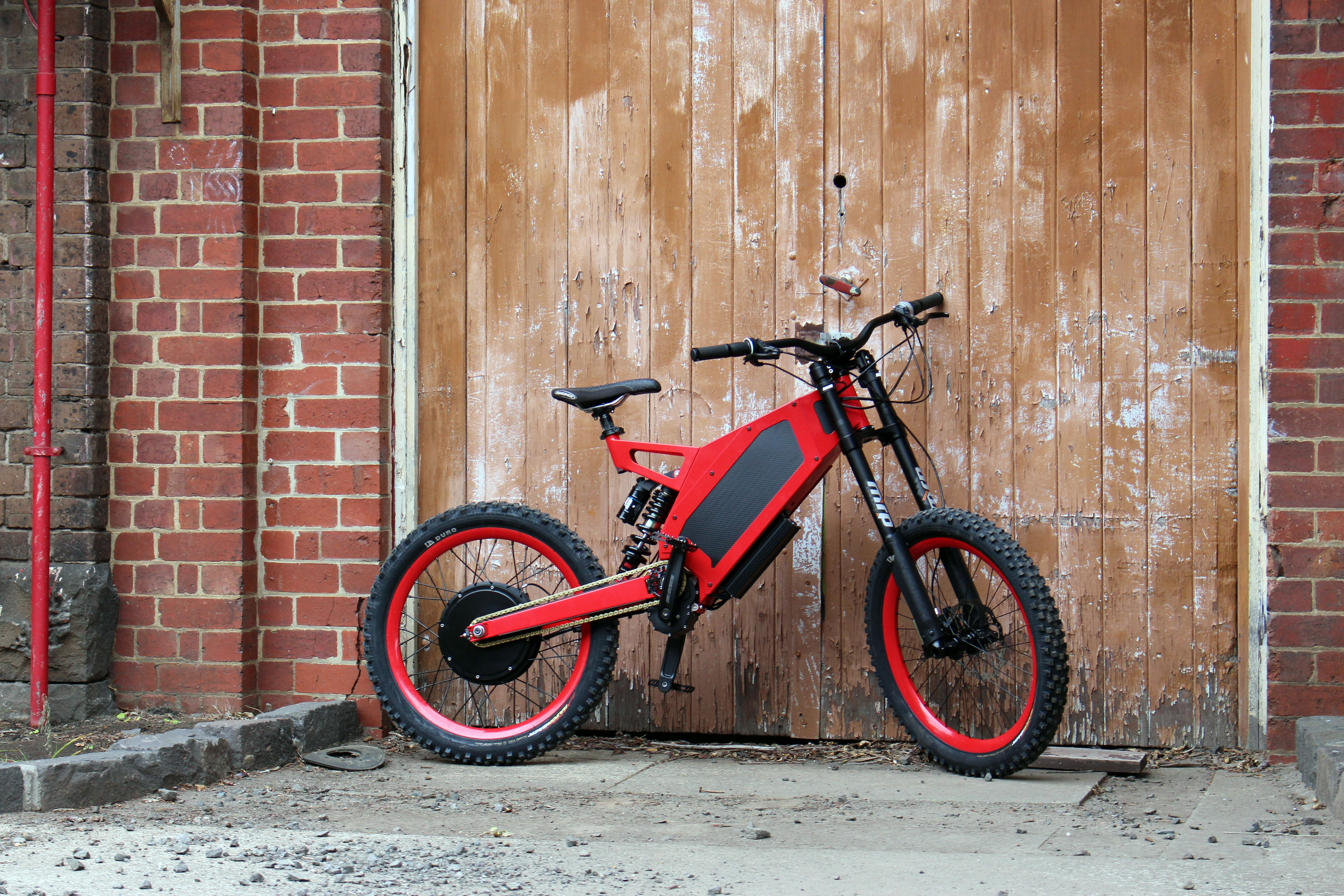 Stealth Electric S Motorcycle And Mountain Bike Hybrid Electric Mountain Bike Electric Motorcycle Electric Bike