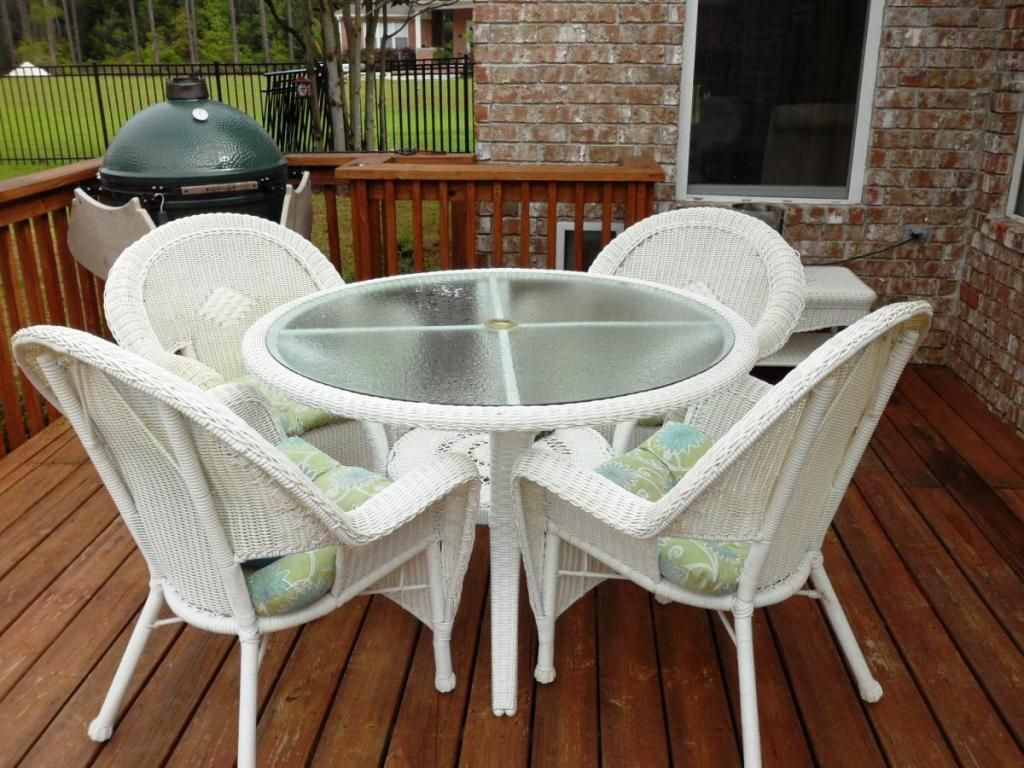 Furnitures Lowes Garden Furniture White Rattan Patio Set Chair Round Table With Frosted Gl Top Seat Cushions