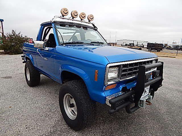 1984 Ford Bronco Ii Custom 4x4 Camionetas Autos Carros De Lujo