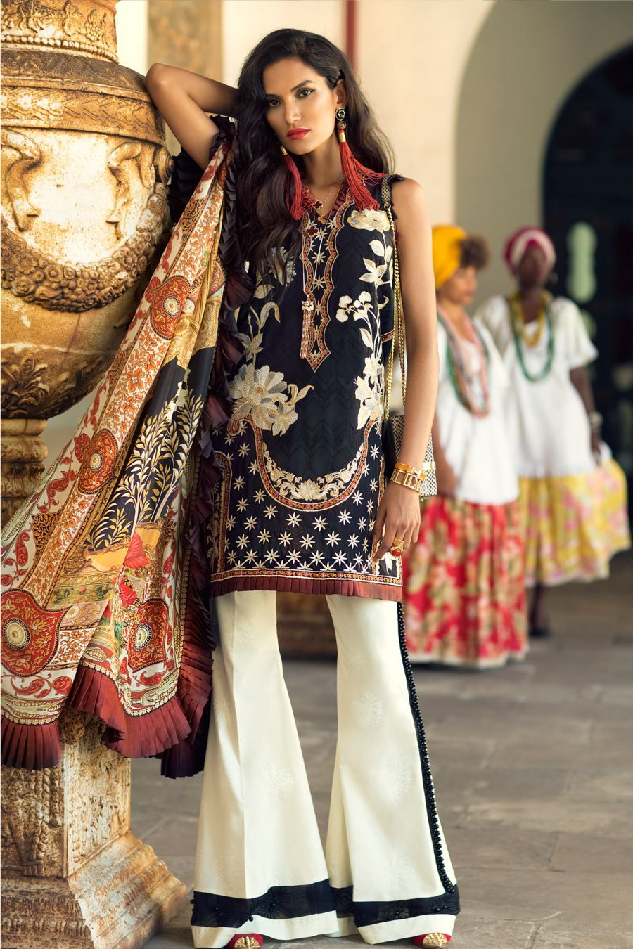 f9297f3d8d Elan Lawn Spring Summer Collection 2018- Luxury Designer Lawn Suits ...