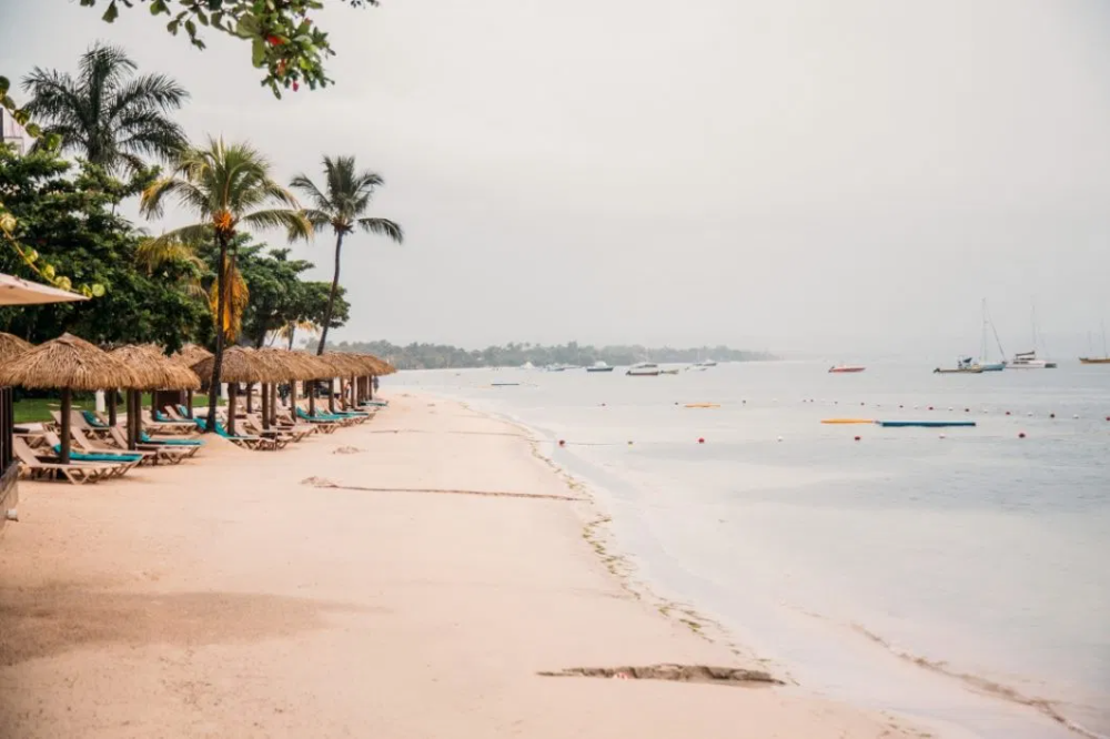 Honest Sandals Negril Beach Resort And Spa Review Photos In 2020 Beach Resorts Jamaica Resorts Negril