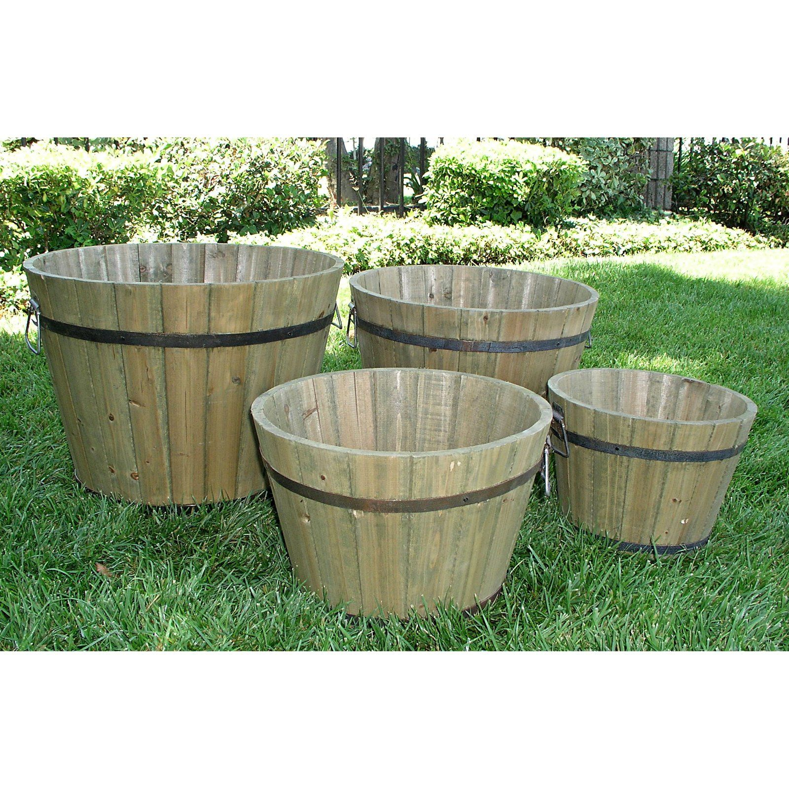 Shine Company Round Cedar Wood Bilbao Tall Barrel Planter - Set of 4
