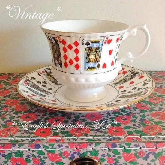 - イギリス雑貨と紅茶とハーブティーのお店 English Specialities ★VINTAGE★Queen's playing cards - Coffee Cup & Saucer