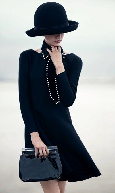 Emporio Armani, f/w 2014. See more Classic Style in hawthorngirl's shop: http://hawthorngirl.com/shop-classic-style/womenswear/