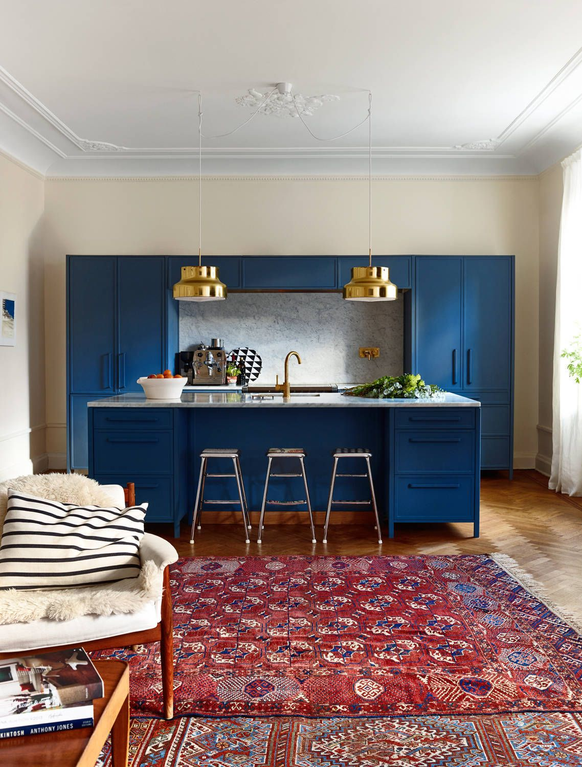 Living with the Blues: A Full Spectrum of Blue Kitchens | Küche