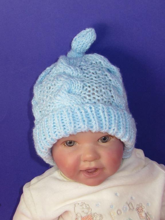 1db401a76e8 Find hundreds of fantastic hat knitting patterns!