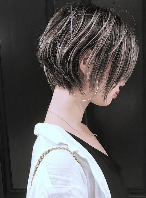 ミルフィーユグラデーション 髪型ショートヘア ショートヘア