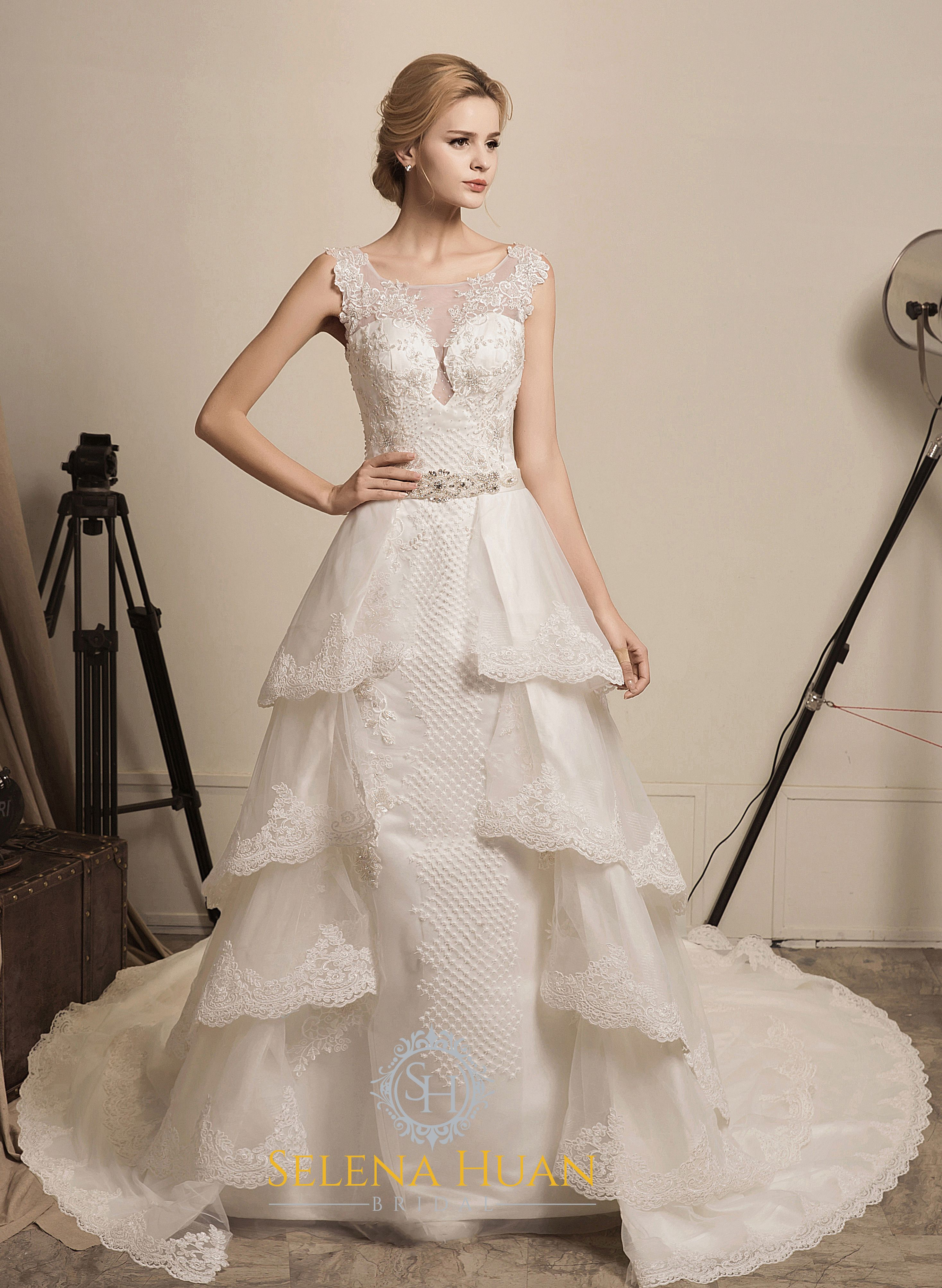 Back detail wedding dress  Fairy Queen  Selena Huan Tank Silver Water Soluble Lace Beaded