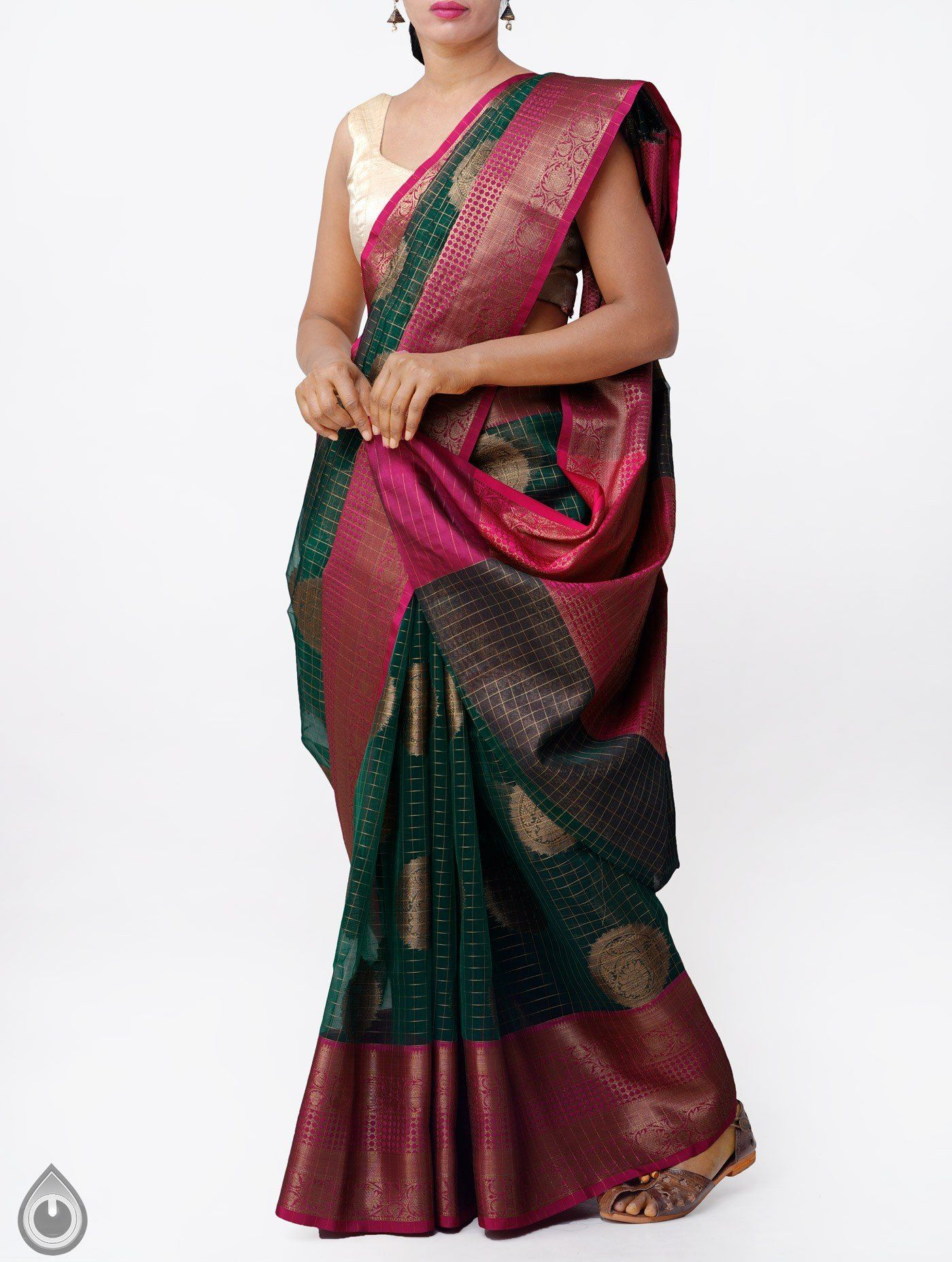 a3652cdae0 It has zari woven elegant pallu and zari woven pink border. The saree is  crafted