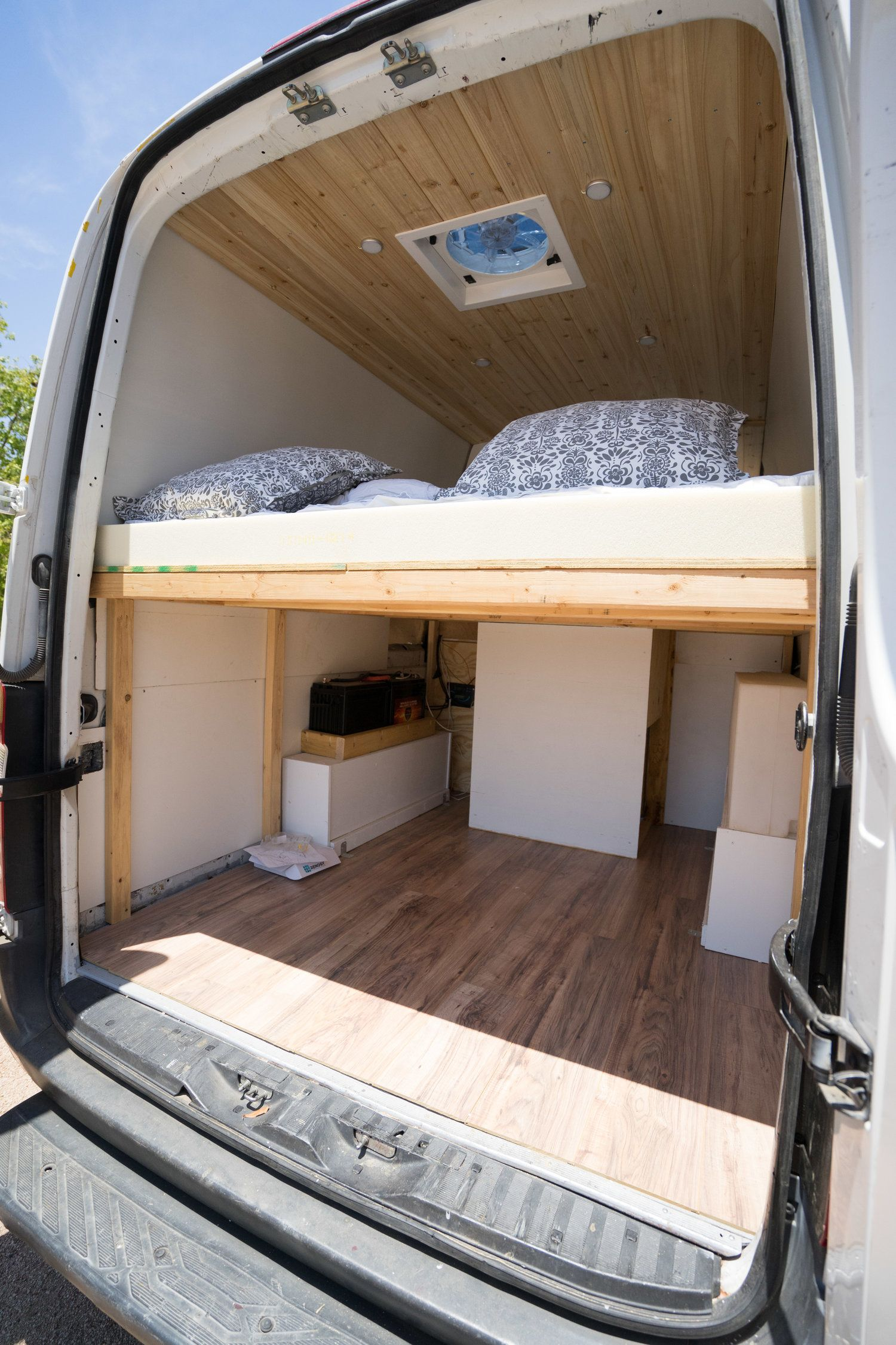 2008 dodge sprinter 170 van life campingbus. Black Bedroom Furniture Sets. Home Design Ideas