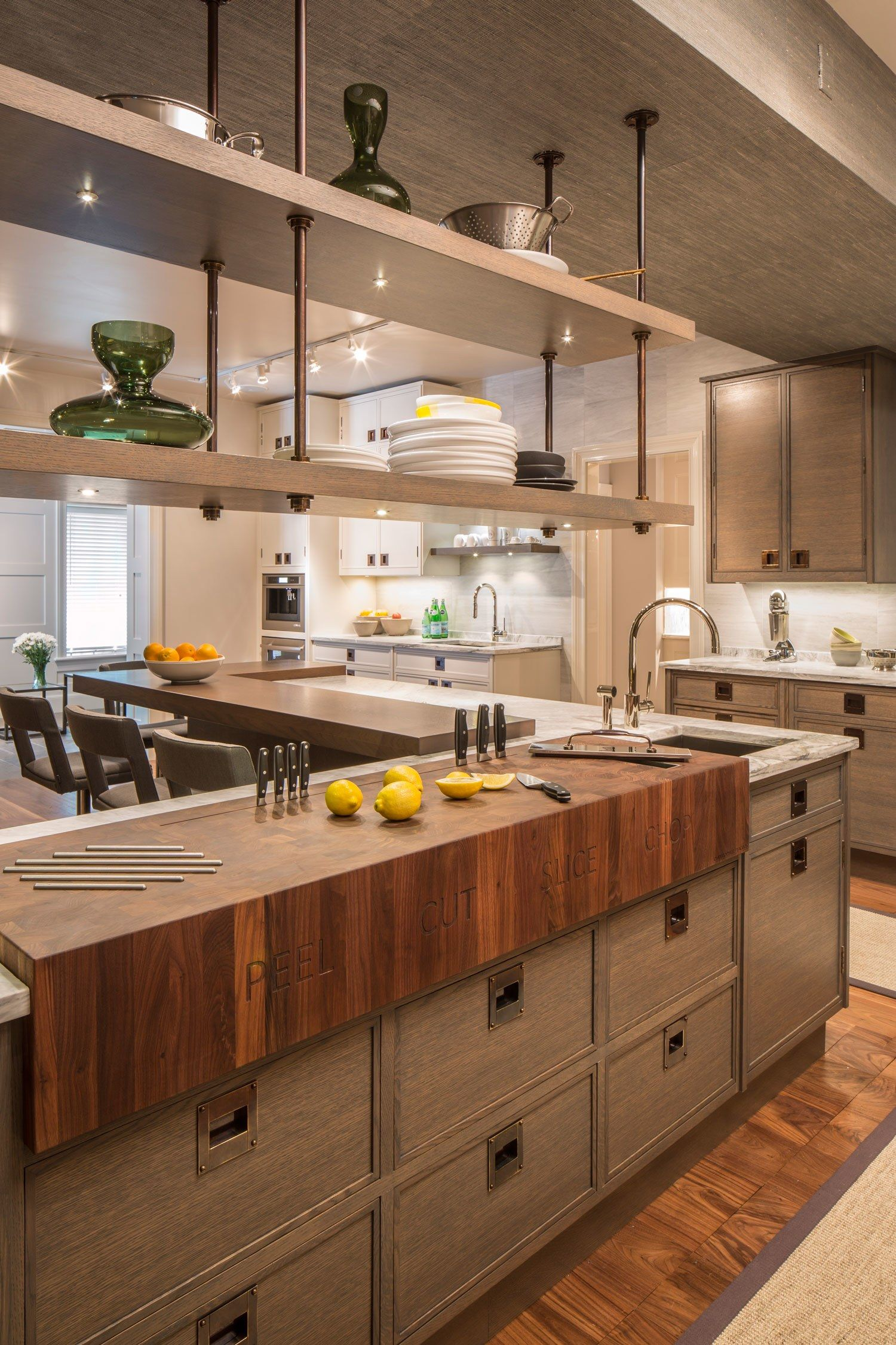 17 Convenient ReadyMade Kitchens for an Easy Home