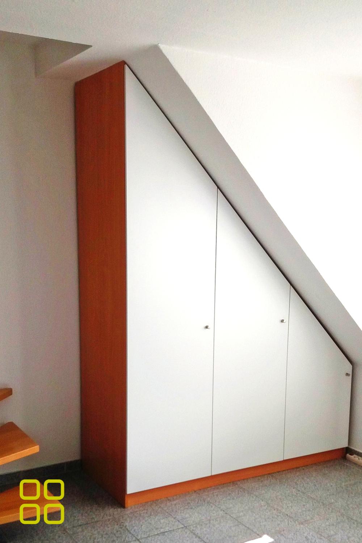 Dachschrage Flur Schrankwerk De In 2020 Schrank Planen Dachzimmer Einrichten Schrank
