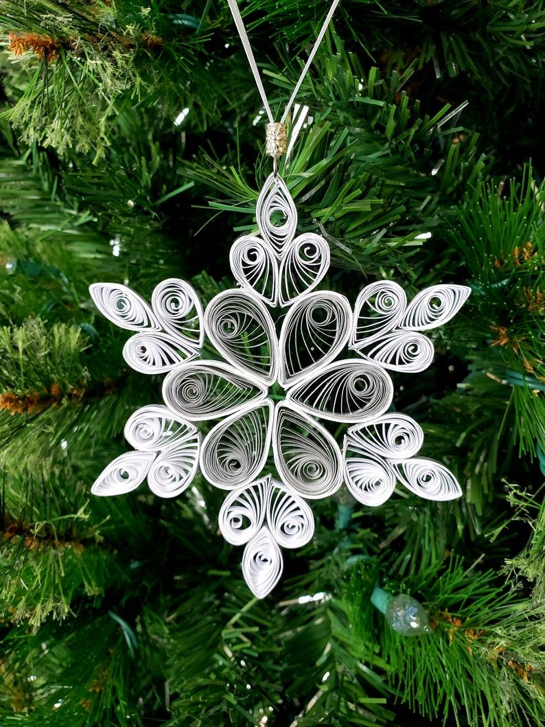Photo of 5 inch Quilled Snowflakes Christmas Decorations