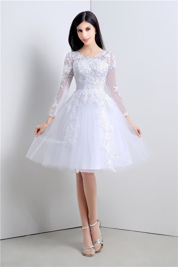 Princess Ball Gown Short White Tulle Lace Sleeve Prom Dress With Ons