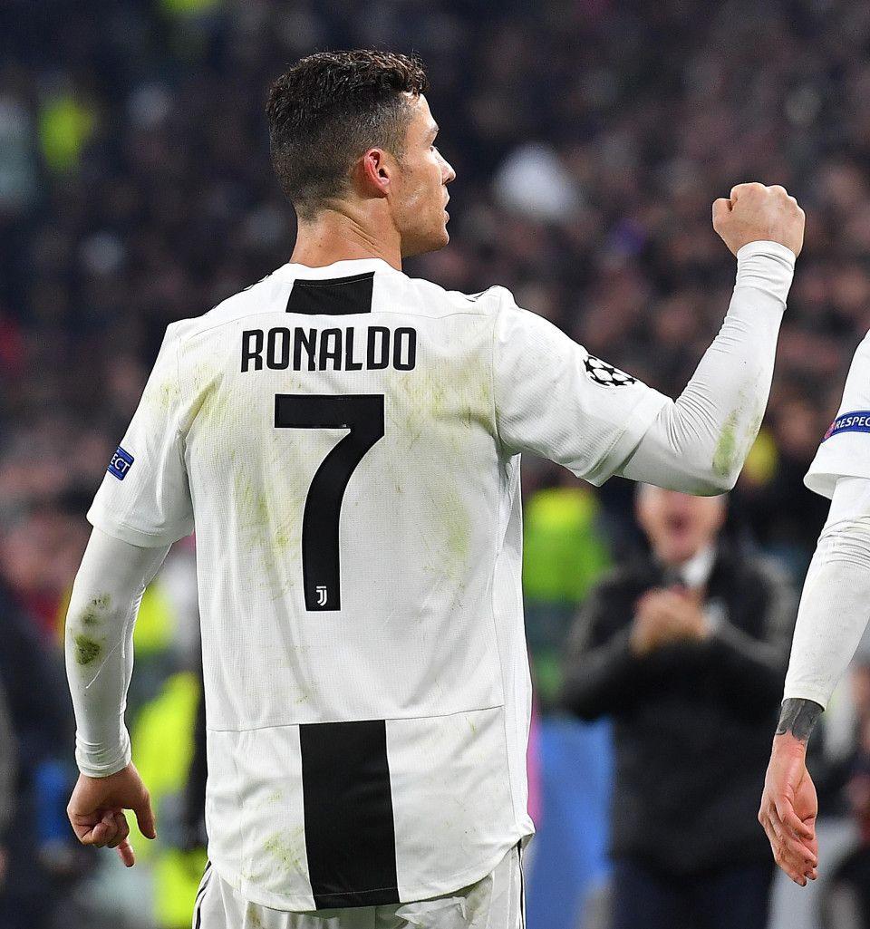 Pin On Ronaldo Football Player