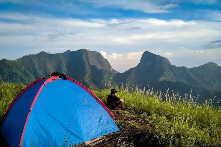11 Pemandangan Gunung Yg Cantik Gunung Gulgulan Gunung Yang Tak Kalah Cantik Dekat Gunung Download Pesona 5 Desa Di Swiss Yang S Di 2020 Pemandangan Lautan Pantai