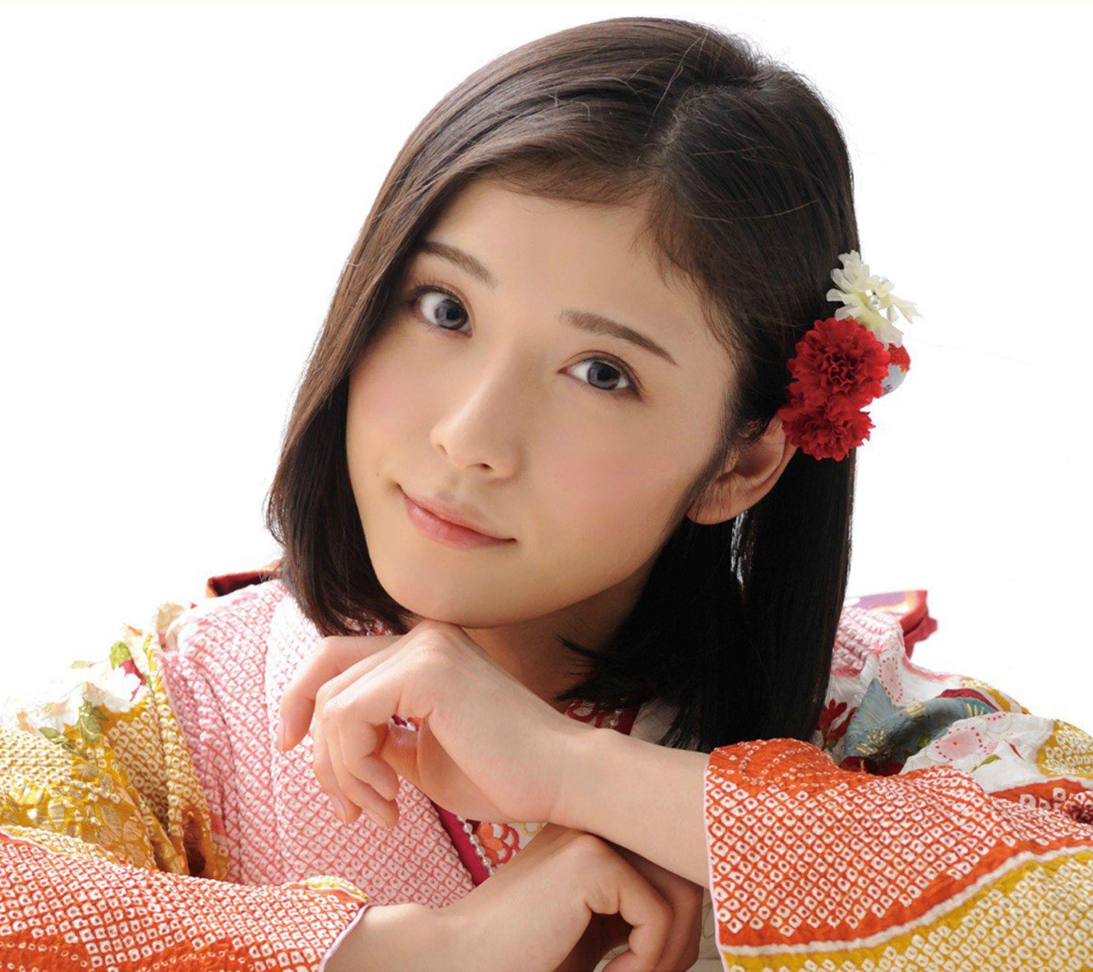 人気女優松岡茉優のスマホ壁紙 茉優 松岡茉優 かわいい 子供 髪型