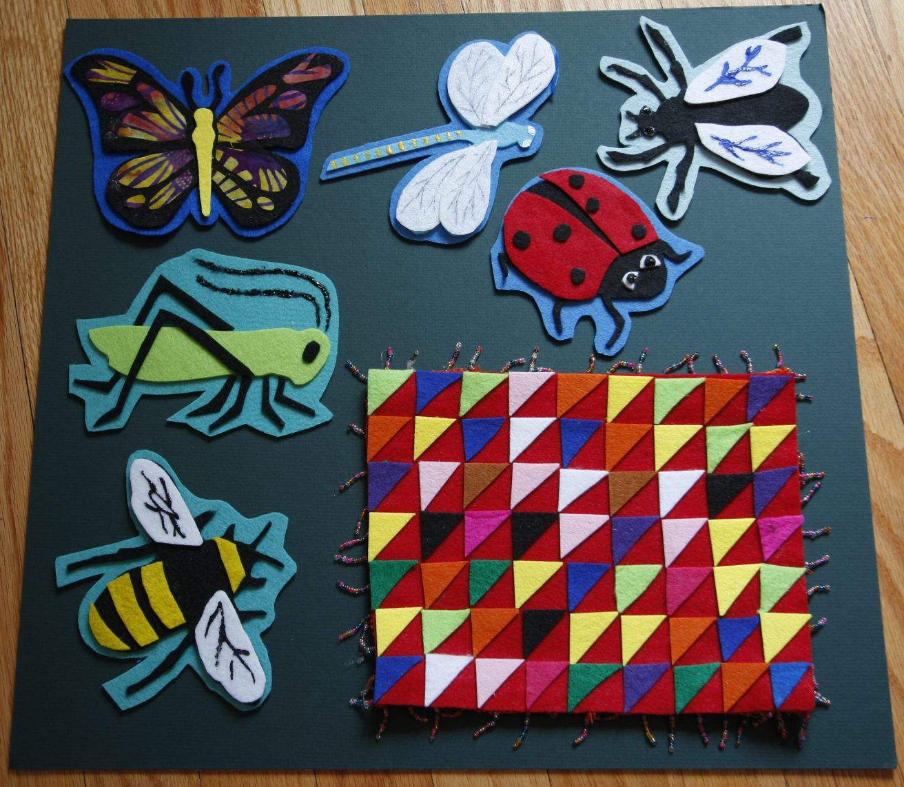 Bugs in a Rug   Flannels, Flannel board stories and Felt stories