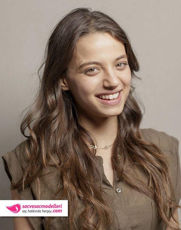 Leyla Tanlar Sac Modelleri Artistas