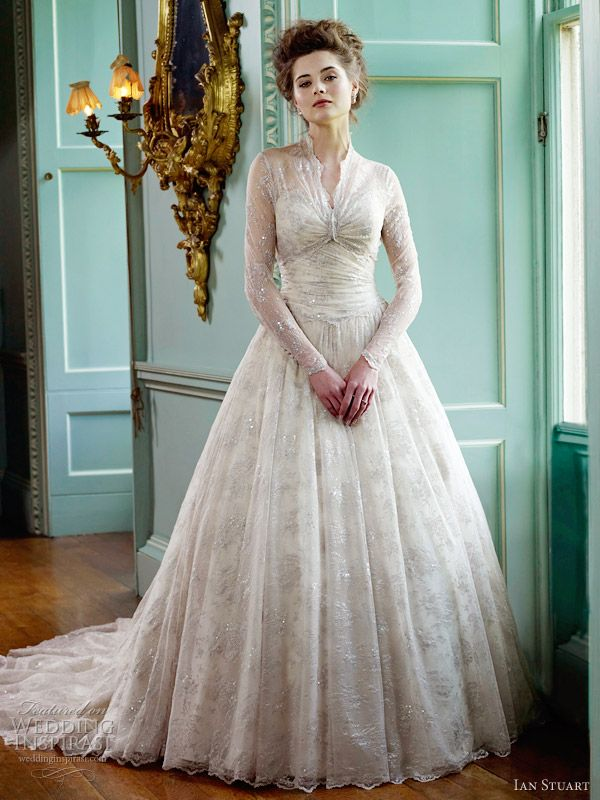 Wedding Dresses For Queens : Ian stuart wedding dress er queen bridal