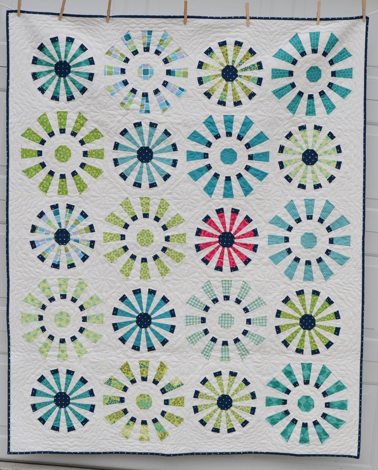 Dresden Fans - Hyacinth Quilt Designs - with link to tutorial ... : hyacinth quilt designs - Adamdwight.com
