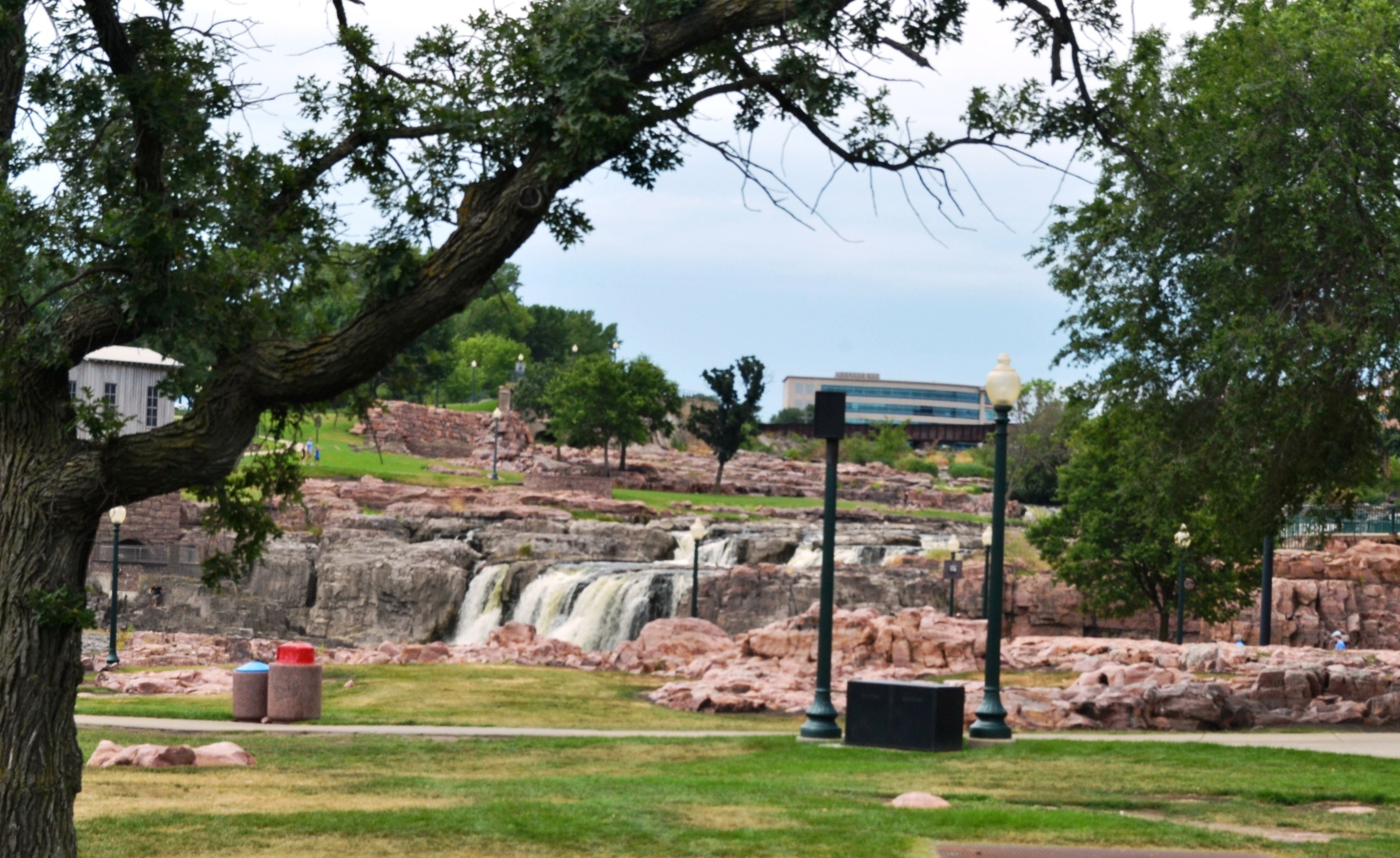 Pt  7, Day 9, GADRT -- Sioux Falls and DeSmet, SD -- see all pix at https://www.youtube.com/watch?v=R7G898udfA4