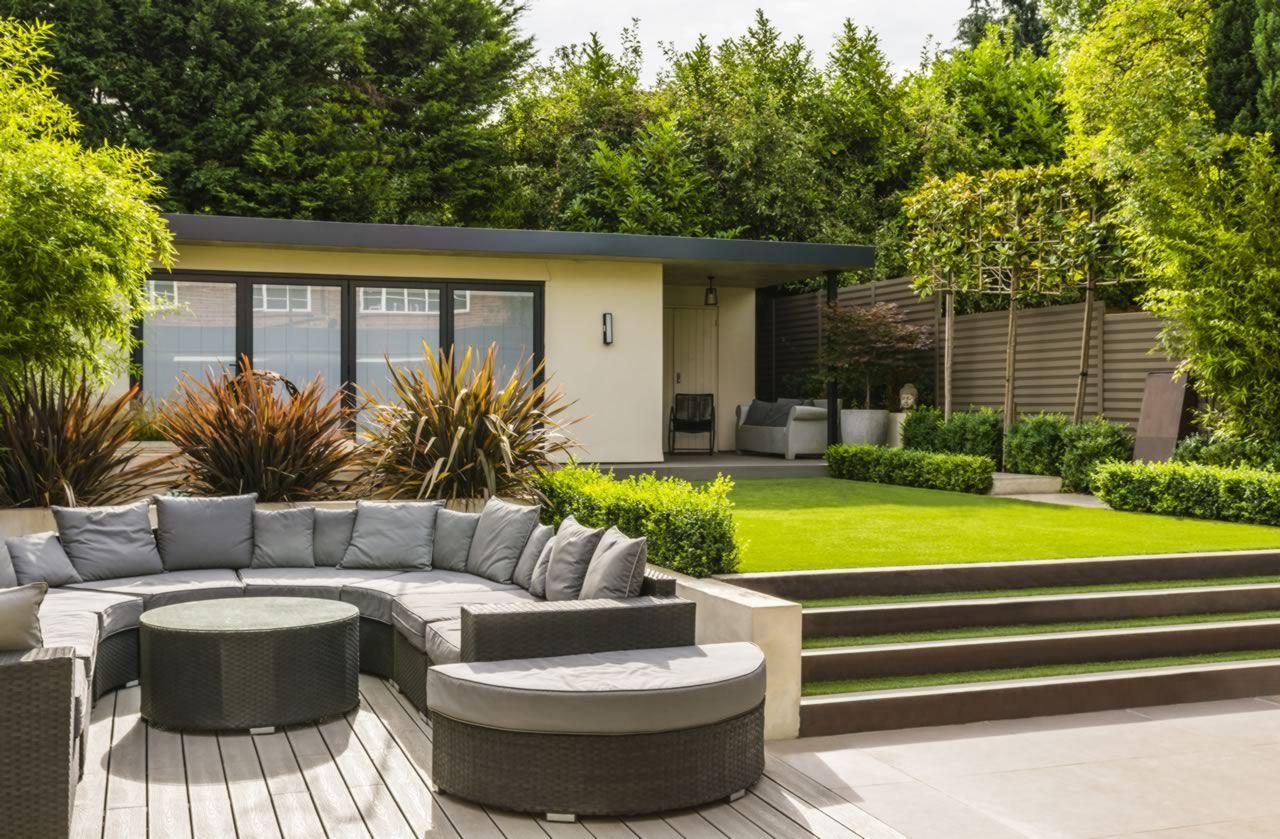 The Beauty Of Contemporary Gardens Addition To A Home Decorifusta Contemporary Garden Design Modern Garden Design Contemporary Garden