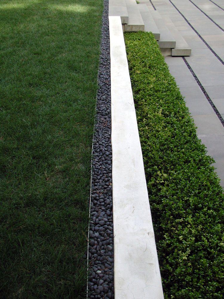 Beeteinfassung Metall Stahl Gerade Linear Geometrisch Kies Rasen