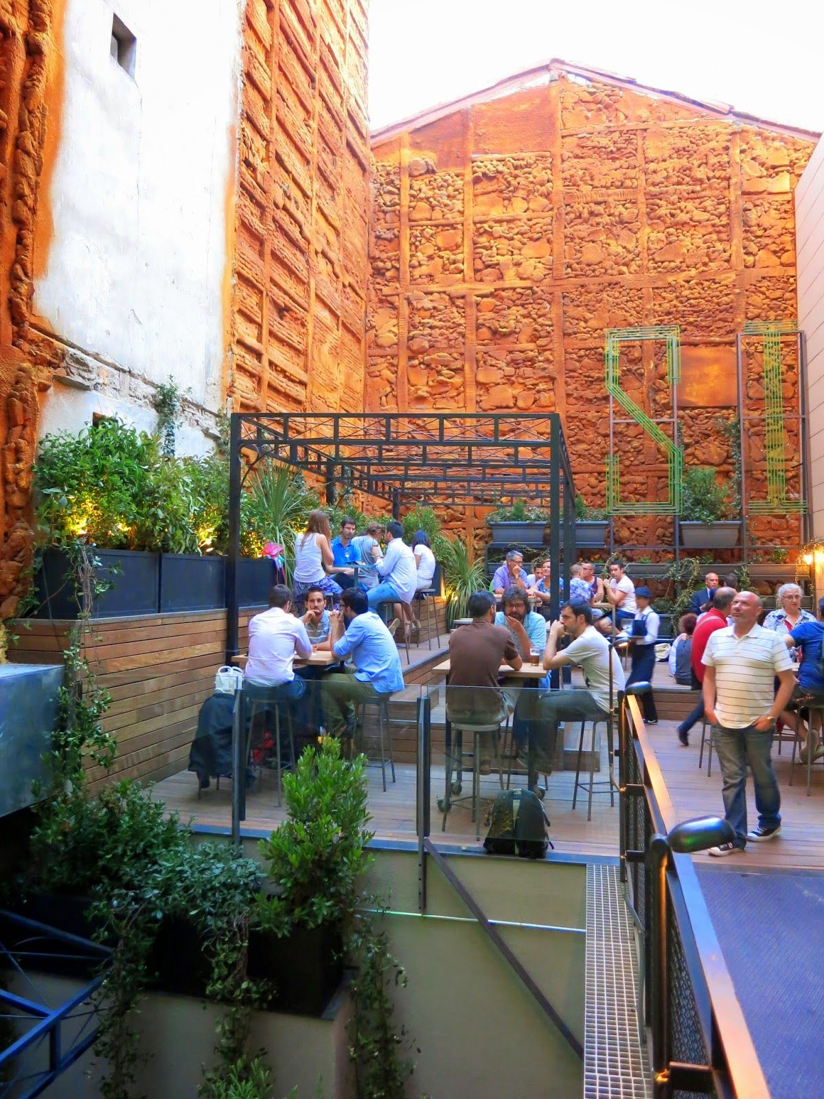 Terraza Del Mercado De San Ildefonso Madrid Terraza Madre Restaurantes