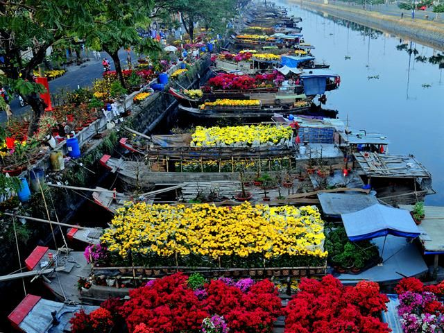 Binh Dong Floating Flower Market.Floating Flower Market At Binh Dong Wharf Vietnam In 2019