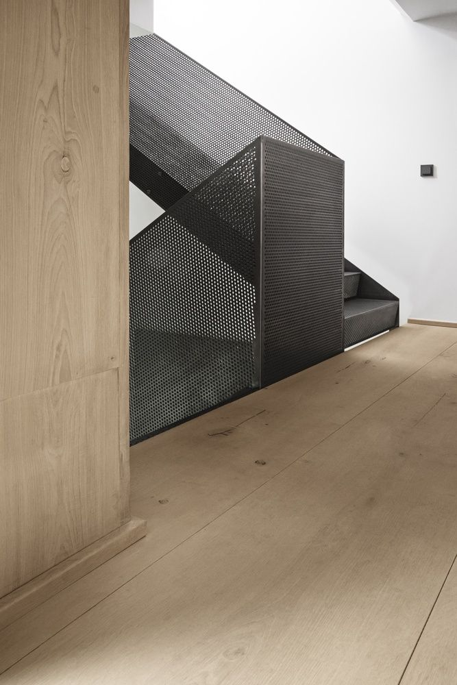 David Thulstrup Designs Symmetrical Space For Georg Jensen: Gallery Of Peter's House / Studio David Thulstrup