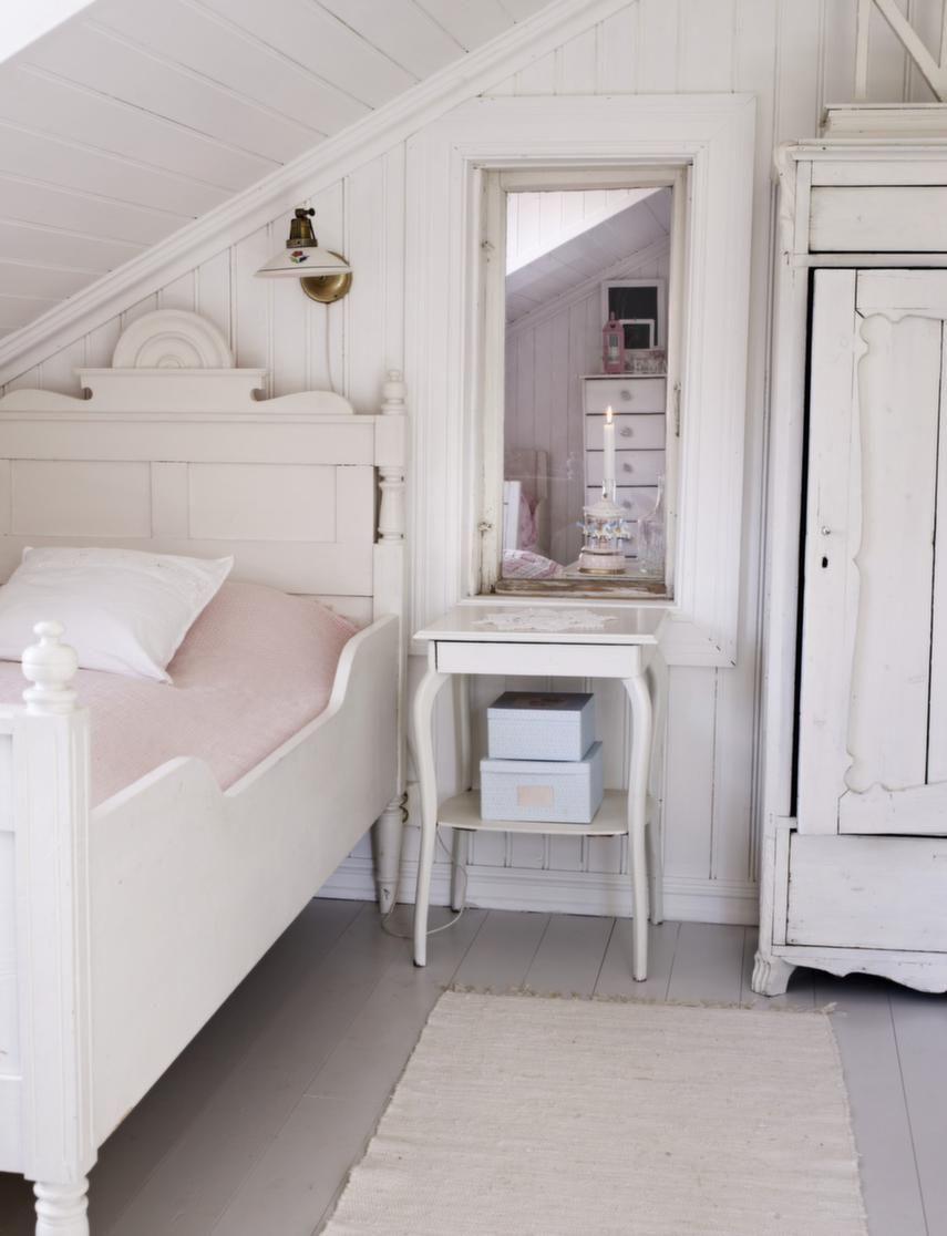landhaus dachschr ge pinterest landh user schlafzimmer und landhausstil. Black Bedroom Furniture Sets. Home Design Ideas