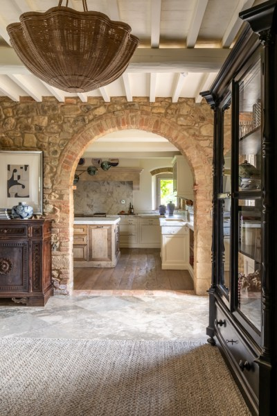 Tuscan Farmhouse Is The True Meaning