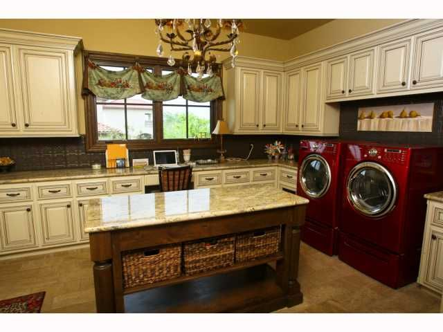 Upscale laundry room art studio office combo omg this for Utility room office