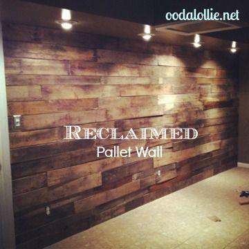 Revestimento de parede feito com pallets