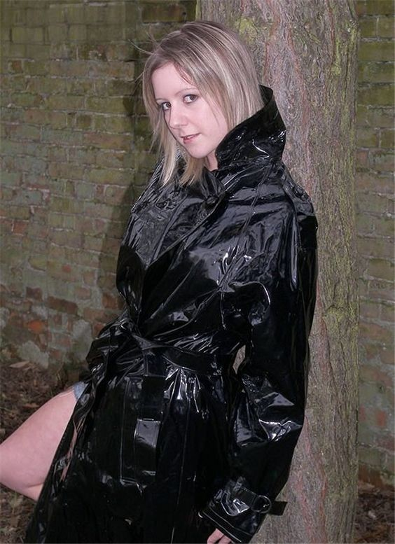 Pin by Johnny Dolittle on Pvc in 2019 | Raincoat, Black