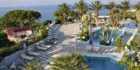 Soggiornare ad Ischia presso il Park Hotel e Terme Romantica per partecipare all'Ischia Film Festival. Lasciati incantare dalla cornice del Park Hotel & Terme Romantica nell'esclusiva e pittoresca località di S. Angelo