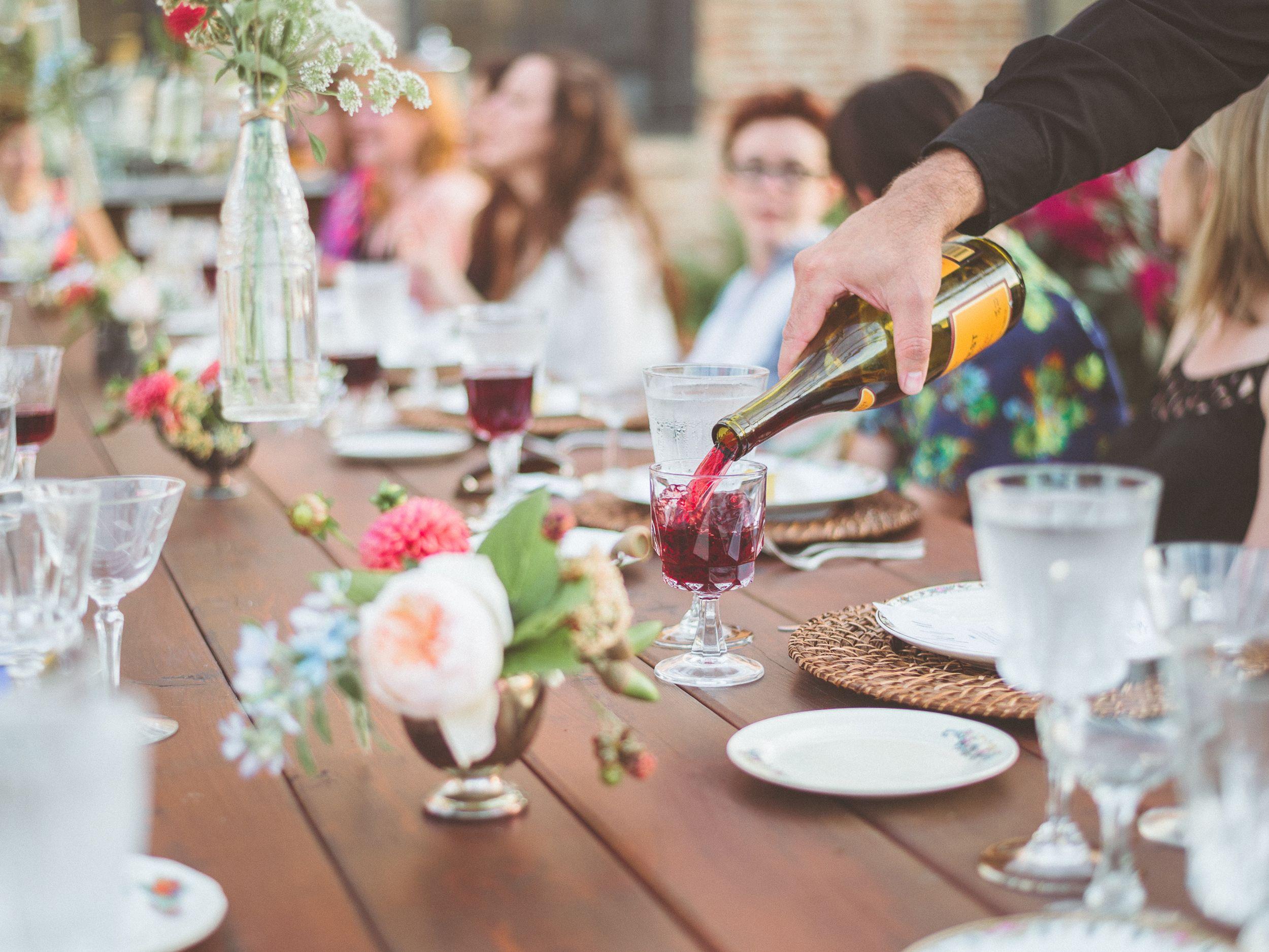 4 Sample Wedding Weekend Timelines