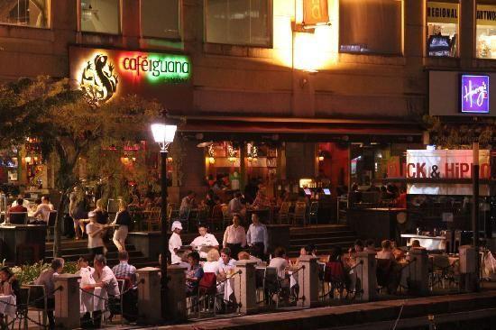 Cafe Iguana Clarke Quay 30 Merchant Road 01 03 Riverside Point Singapore 058282 Cool Restaurant Iguana Cafe