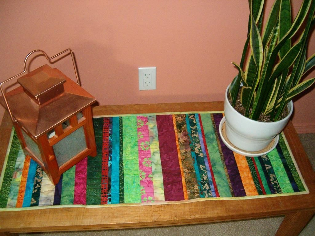 Freequiltingpattern Scrappy Quilt As You Go Table Runner Perfect