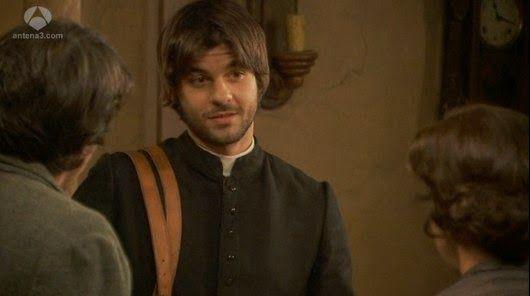 Il Segreto Gonzalo indaga su Don Celso, facendo una