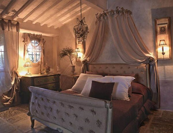 Vintage Canopy Beds antique-furniture-design-canopy-bed-french-interior-decorating