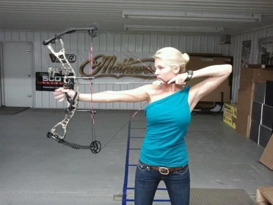 The Bowhunting Beauty Queen: An Interview With Miss Kansas Theresa Vail