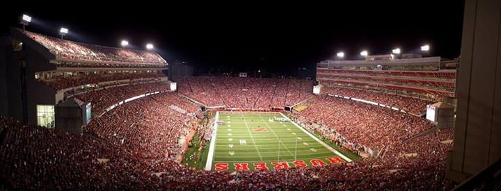 Love seeing the East Stadium Expansion filled with Red ...