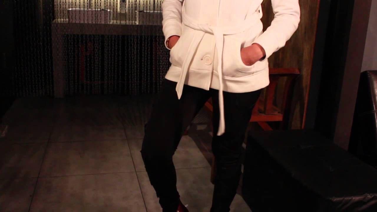 Vean nuestro nuevo #dresscodetip junto a Steve Madden Guatemala y @pamelapaz    No olviden suscribirse a nuestro canal de YouTube! Make up by Make-up Designory Guatemala - Locacion Matute Bar #dresscodeguate #tip #fashion #ootd #modaguatemala
